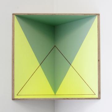 (Un)steady Object VI / (Ó)stöðugur hlutur IV, 2014, Acrylic paint, wood and wool, 45,5 x 46 cm